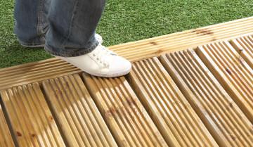 Anti-Slip Deck Coating